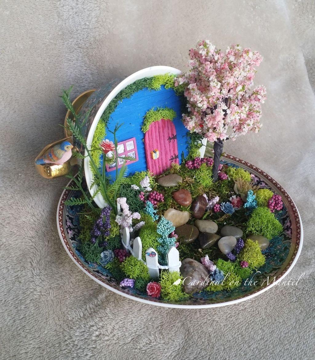 Pretty Diy Christmas Fairy Garden Ideas 48