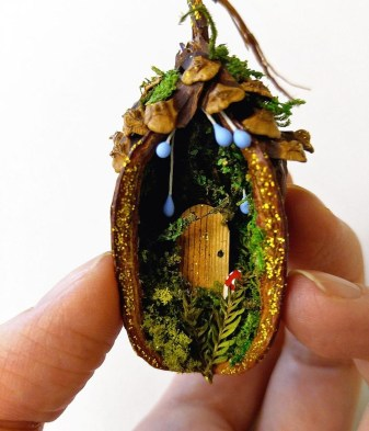 Pretty Diy Christmas Fairy Garden Ideas 49