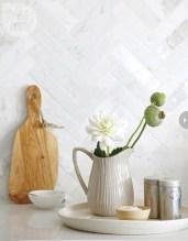 Pretty White Kitchen Backsplash Ideas 17