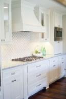 Pretty White Kitchen Backsplash Ideas 25