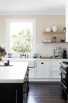 Pretty White Kitchen Backsplash Ideas 53
