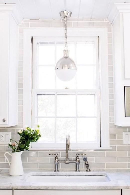 Pretty White Kitchen Backsplash Ideas 55