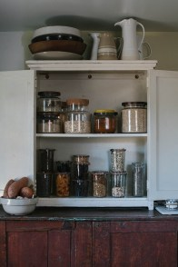 Simple Minimalist Pantry Organization Ideas 05