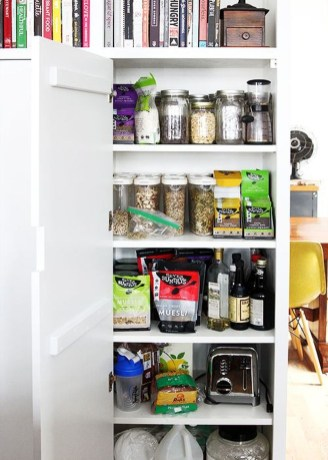 Simple Minimalist Pantry Organization Ideas 24