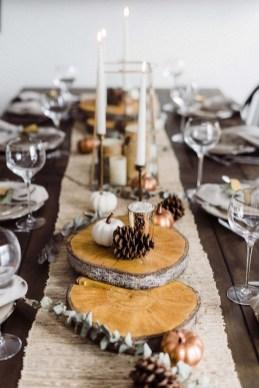 Stunning Christmas Dining Table Decoration Ideas 40