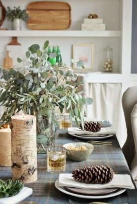 Stunning Christmas Dining Table Decoration Ideas 47