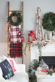 Unordinary Christmas Home Decor Ideas 04