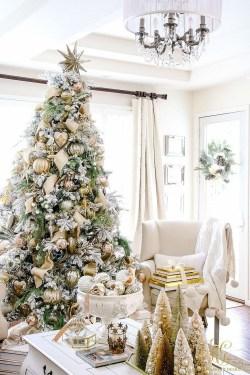 Unordinary Christmas Home Decor Ideas 16