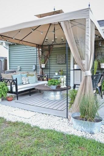 Attractive Small Patio Garden Design Ideas For Your Backyard 09