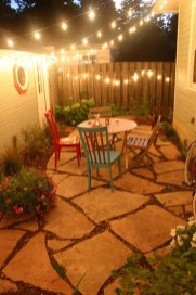 Attractive Small Patio Garden Design Ideas For Your Backyard 48