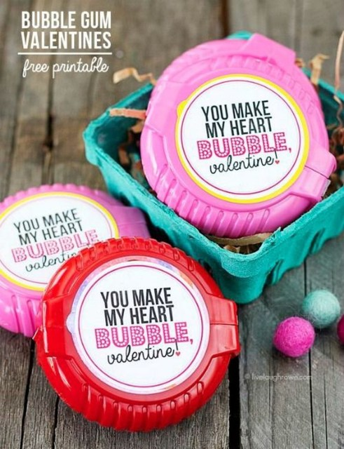 Awesome Classroom Party Decor Ideas For Valentines Day 49
