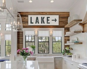 Awesome Farmhouse Kitchen Design Ideas 14