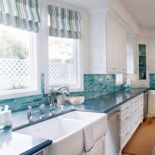 Elegant Beach Coastal Style Kitchen Decor Ideas 05