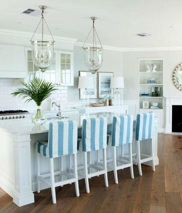 Elegant Beach Coastal Style Kitchen Decor Ideas 13