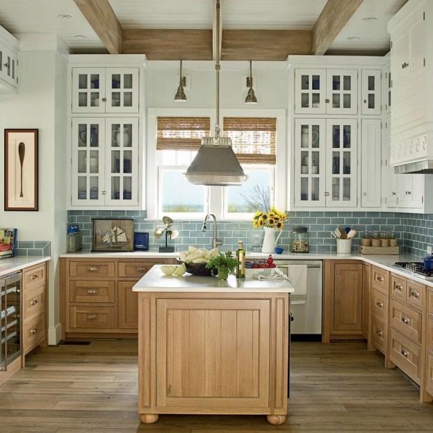 Elegant Beach Coastal Style Kitchen Decor Ideas 20