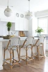 Elegant Beach Coastal Style Kitchen Decor Ideas 25
