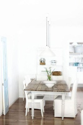 Elegant Beach Coastal Style Kitchen Decor Ideas 27