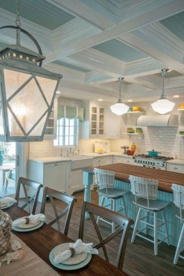 Elegant Beach Coastal Style Kitchen Decor Ideas 28