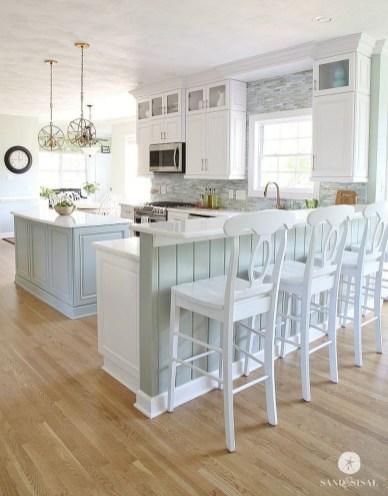 Elegant Beach Coastal Style Kitchen Decor Ideas 37