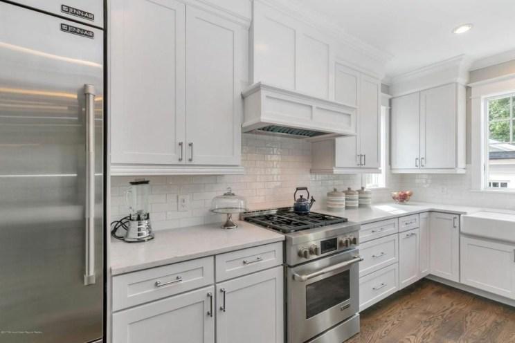 Elegant Beach Coastal Style Kitchen Decor Ideas 38