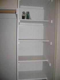 Inspiring Diy Wood Shelves Ideas On A Budget 46