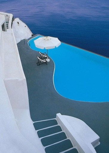 Perfect Mediteranean Swimming Pool Design Ideas 12