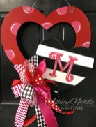 Stunning Red Home Decor Ideas For Valentines Day 02