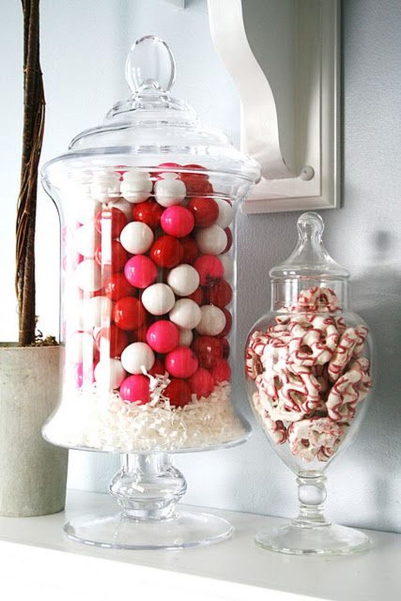 Stunning Red Home Decor Ideas For Valentines Day 20