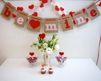 Stunning Red Home Decor Ideas For Valentines Day 32