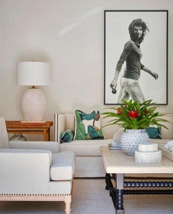 Stylish Coastal Themed Living Room Decor Ideas 17