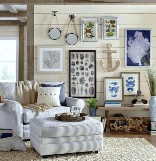 Stylish Coastal Themed Living Room Decor Ideas 20