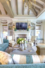 Stylish Coastal Themed Living Room Decor Ideas 26