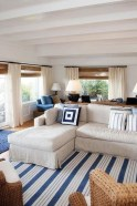 Stylish Coastal Themed Living Room Decor Ideas 30