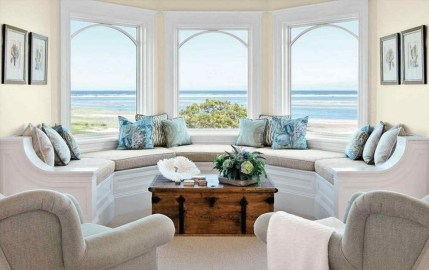 Stylish Coastal Themed Living Room Decor Ideas 35