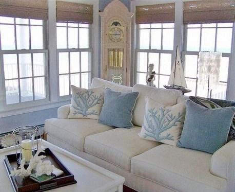 Stylish Coastal Themed Living Room Decor Ideas 41