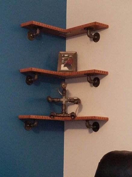 Amazing Corner Shelves Design Ideas 38