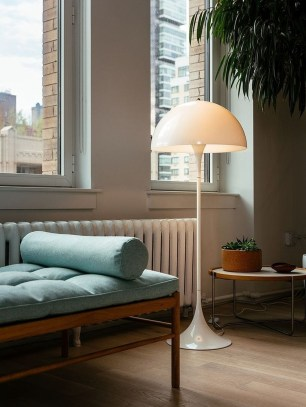 Charming Industrial Lighting Design Ideas For Home 27