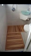 Cheap Bathroom Remodel Design Ideas 22