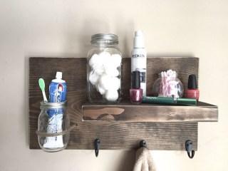 Comfy Farmhouse Wooden Bathroom Design Ideas 14