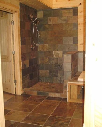 Comfy Farmhouse Wooden Bathroom Design Ideas 45