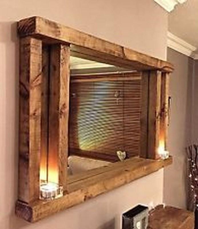 Comfy Farmhouse Wooden Bathroom Design Ideas 49