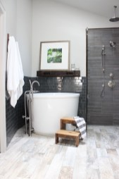 Comfy Traditional Bathroom Design Ideas With Japanese Style 25