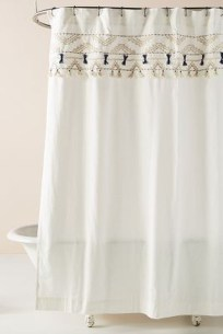 Fancy Shower Curtain Ideas 22