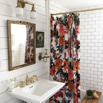Fancy Shower Curtain Ideas 24