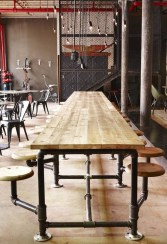 Gorgeous Industrial Table Design Ideas For Home Office 43
