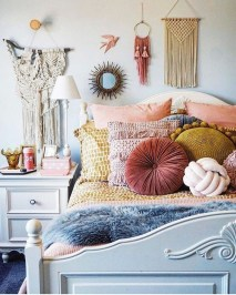 Lovely Boho Bedroom Decor Ideas 05