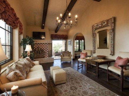 Luxury European Living Room Decor Ideas With Tuscan Style 09