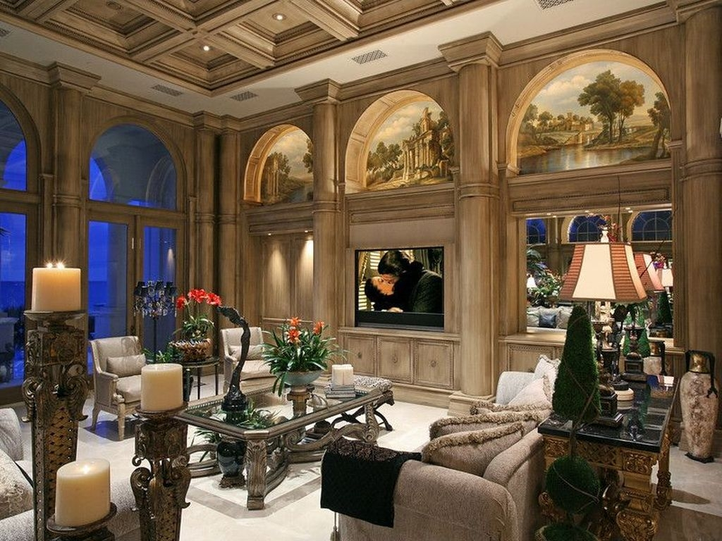 Luxury European Living Room Decor Ideas With Tuscan Style 29
