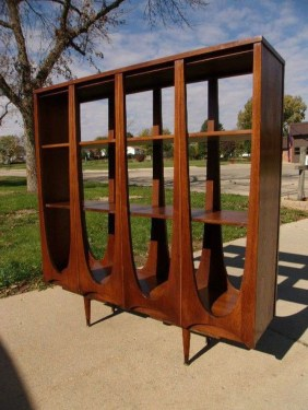 Modern Mid Century Apartment Furniture Design Ideas 23