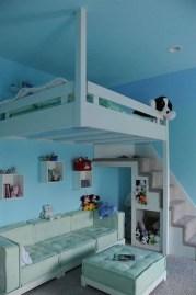 Relaxing Small Loft Bedroom Designs 06
